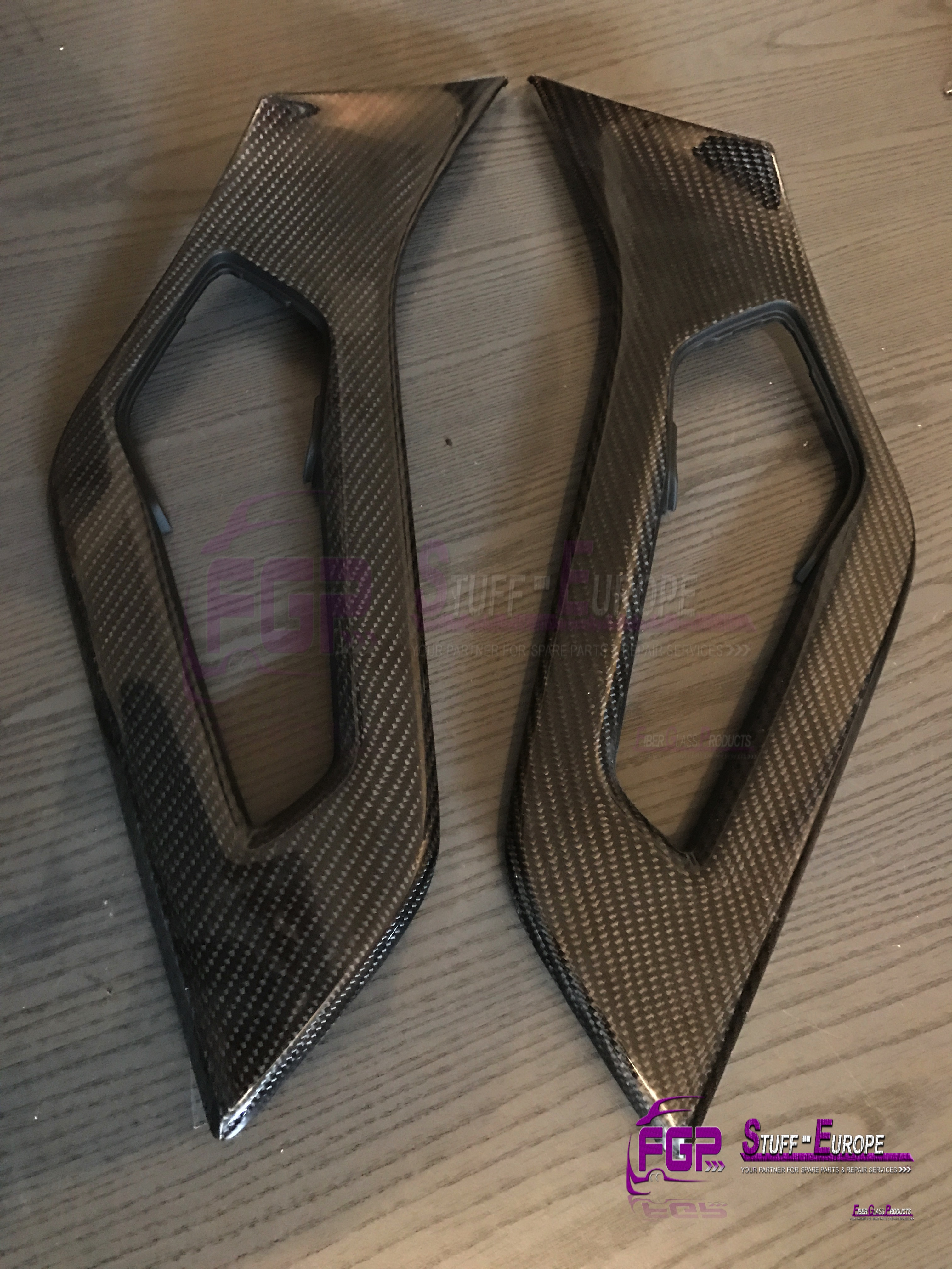 OEM Original Real carbon Lamborghini Aventador door handle covers 470867172A & 470867171A