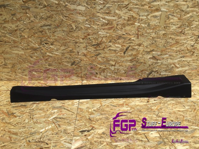 OEM Original Maserati Gran turismo side skirt rocker panel left