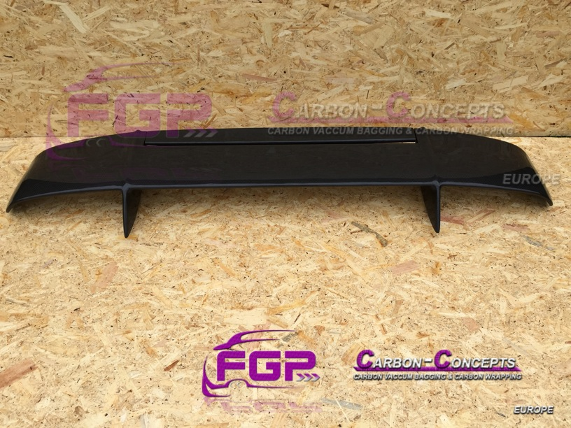 Carbon Rear wing v1 for Lamborghini Diablo