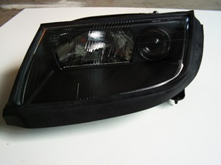 Diablo 6.0 Headlights for Lamborghini Diablo